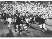 36 - 1960 Queensland v France