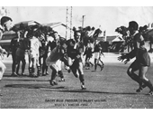 39 - 1960 Wests v Norths - Barry Muir passing