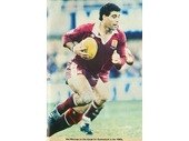 31 - Mal Meninga on the burst for Queensland