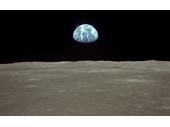 79 -  Apollo 11 Earthrise photo showing Australia