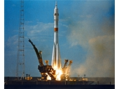 127 - Soyuz rocket launch