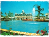 1980's Dreamworld postcard 2
