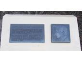 8 - Memorial of John Oxley's landing at Breakfast Creek