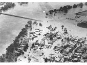 69 - Jindalee during the 1974 Flood