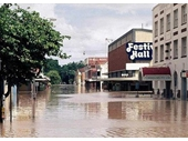 86 - Albert St during the 1974 Flood
