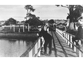 53 - Relaxing on the jetty at Wynnum in 1906