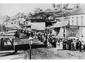 11 - Citizens of South Brisbane at a rally along Stanley Street