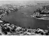 25 - An aerial view in 1947 over Hawthorne with Norman Park and New Farm power station visible