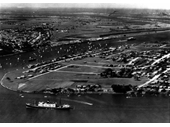 32 - Bulimba and Hamilton seen from the air around the 1940's