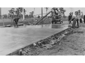 41 - Cement road surface being laid, possibly Samford Rd, Mitchelton, 1930