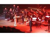 115 - Olivia Newton-John and Johnny Farnham perform at the Entertainment Centre