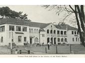 82 - Victoria Golf Club's clubhouse