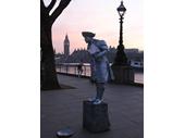 L138 - Statue Impersonator 1