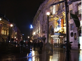 L45 - Piccadilly Circus at night 05