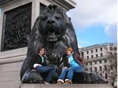 L53 - Trafalgar Square 3 - Lion Statue