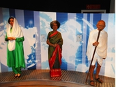 MT52 - Indira Ghandi & Mohatma Ghandi
