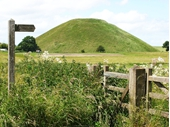 Avebury 7 - Silbury Hill nearby
