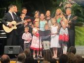 37 - 2012 Feast (Kawana Waters) Family Choir