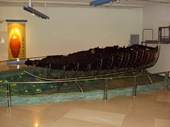 96 - 2000 year old 'Jesus boat'