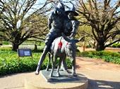 24 - Statue in front of Australian War Memorial