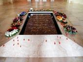 28 - Australian War Memorial