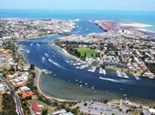 27 - Swan River and Fremantle