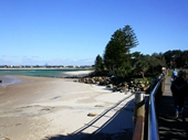 102 - Kings Beach esplanade