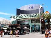 18 - Cavill Mall