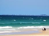 27 - Surfers Paradise