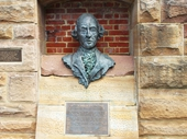 22 - Plaque to Arthur Phillip at Lookout at Dee Why named after him