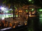 102 - Southbank at night