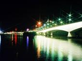 115 - Captain Cook Bridge at night