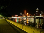 98 - City and Riverwalk at Southbank